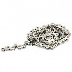 FLYBIKES Tractor chain with an halflink SILVER
