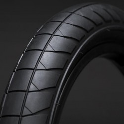 "FLYBIKES Fuego Devon Smillie tire 2.30"" BLACK"