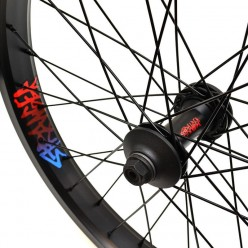 STRANGER Crux V2 XL front wheel BLACK WITH GUARDS
