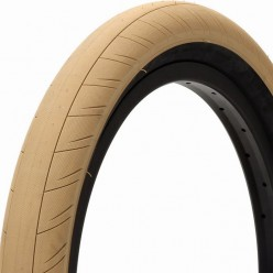 "PRIMO Stevie Churchill tire 20 x 2.45"" TAN"